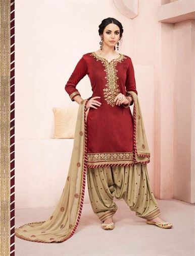 https://www.wholesaletextile.in/product-img/Bridal-Patiyala-House-41531821911.jpg