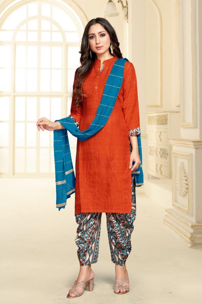 https://www.wholesaletextile.in/product-img/Tunic-House-Patiyala-Rani-Nx-R-1630922634.jpeg