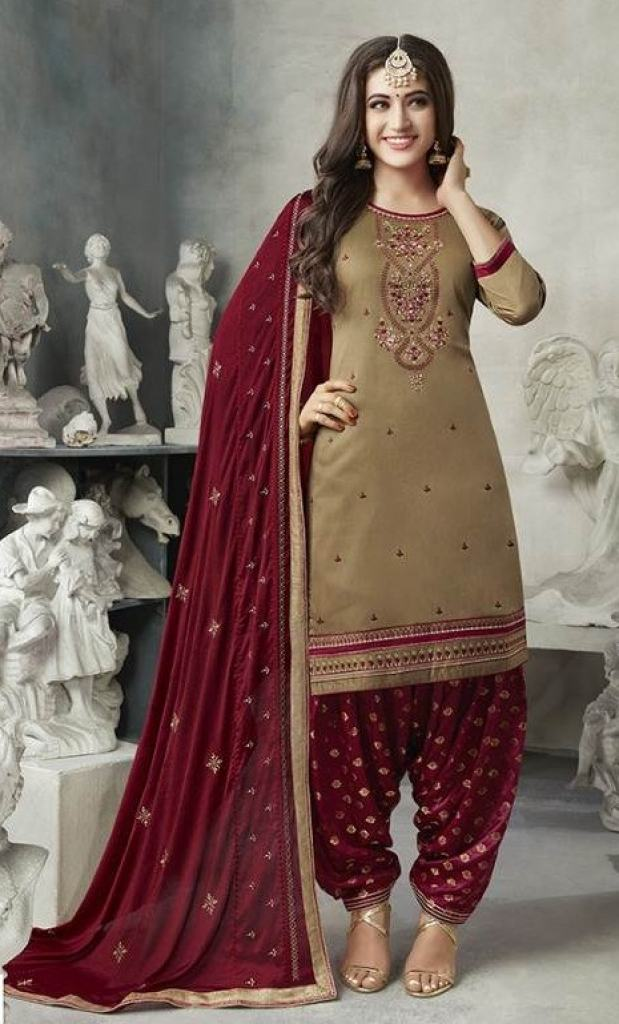 https://www.wholesaletextile.in/product-img/kalarang-shagun-vol-7-dressmat-1581746943.jpg